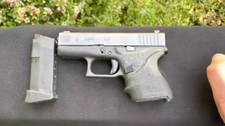 Glock 43 Carry Review In Depth w Vedder Comfort Tuck IWB Hybrid Holster. Visual Weight, Fit, & Demo.